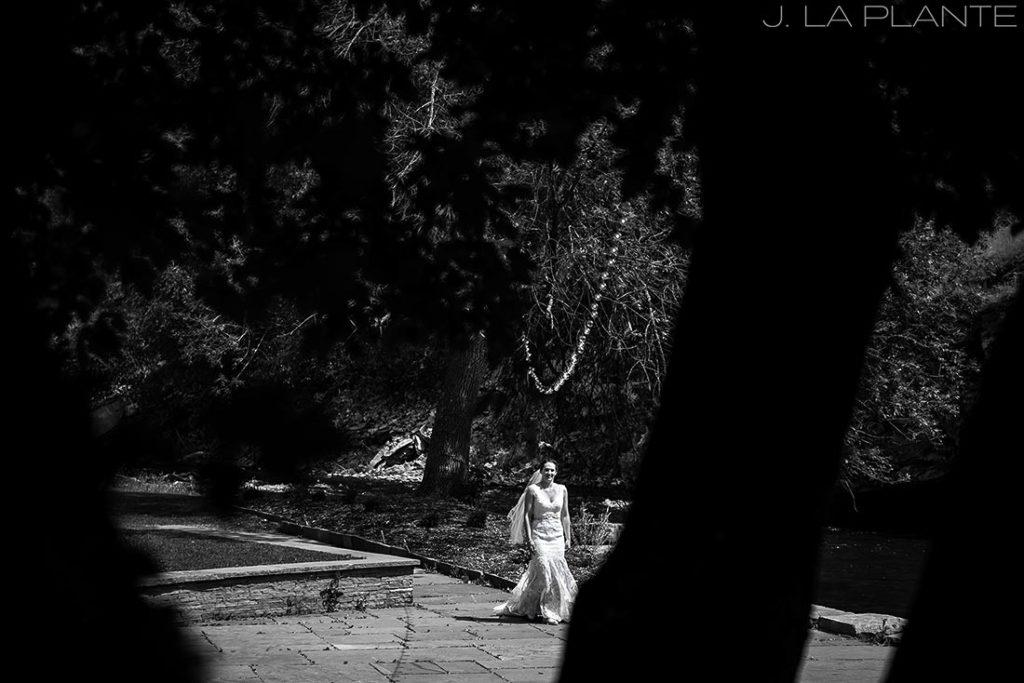 J. LaPlante Photo | Boulder Wedding Photographers | River Bend Wedding | First Look Bride
