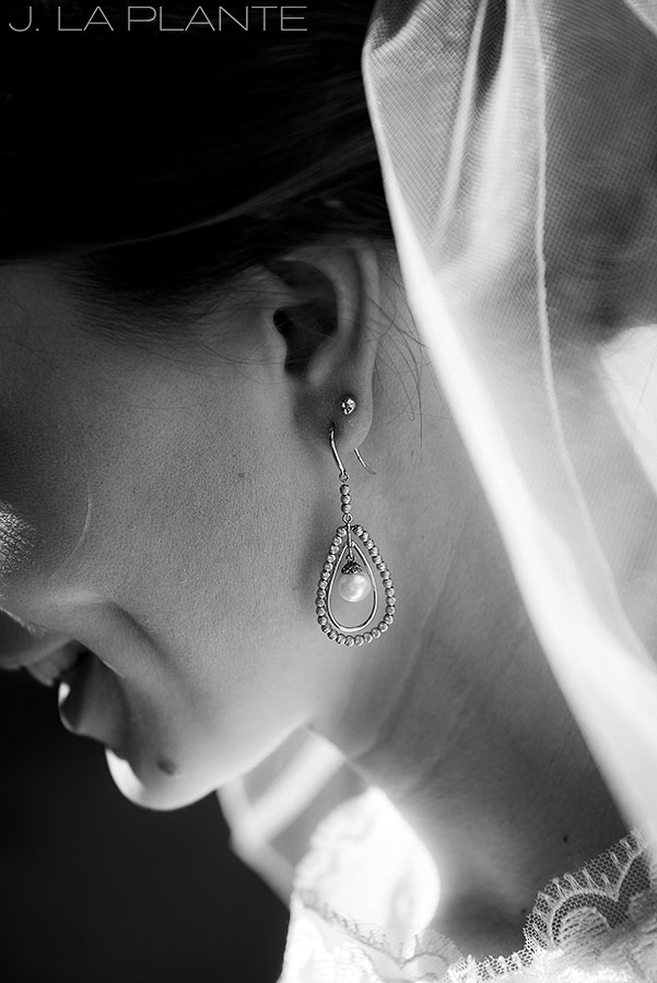 J. La Plante Photo | Denver Wedding Photographer | Grand Hyatt Wedding | Bride's earrings