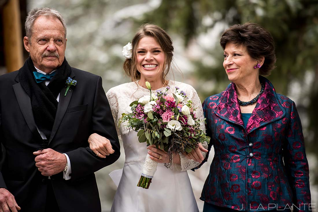 Parents giving bride away | Chief Hosa Lodge wedding | J. La Plante Photo | Denver Wedding Photographers
