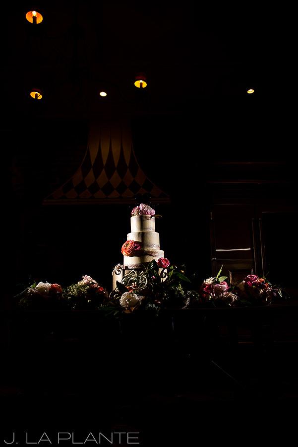 Naked wedding cake | Race & Religious Wedding | New Orleans Destination Wedding Photography | J. La Plante Photo