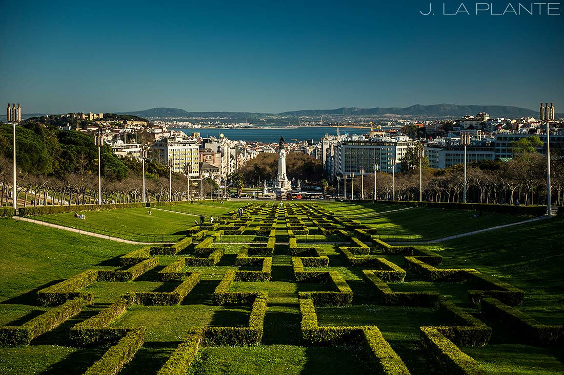 beautiful garden in lisbon portugal