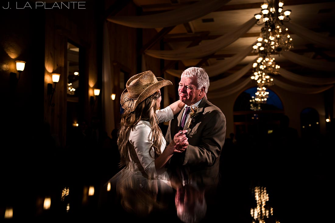 bride dancing with her dad at crooked willow farms