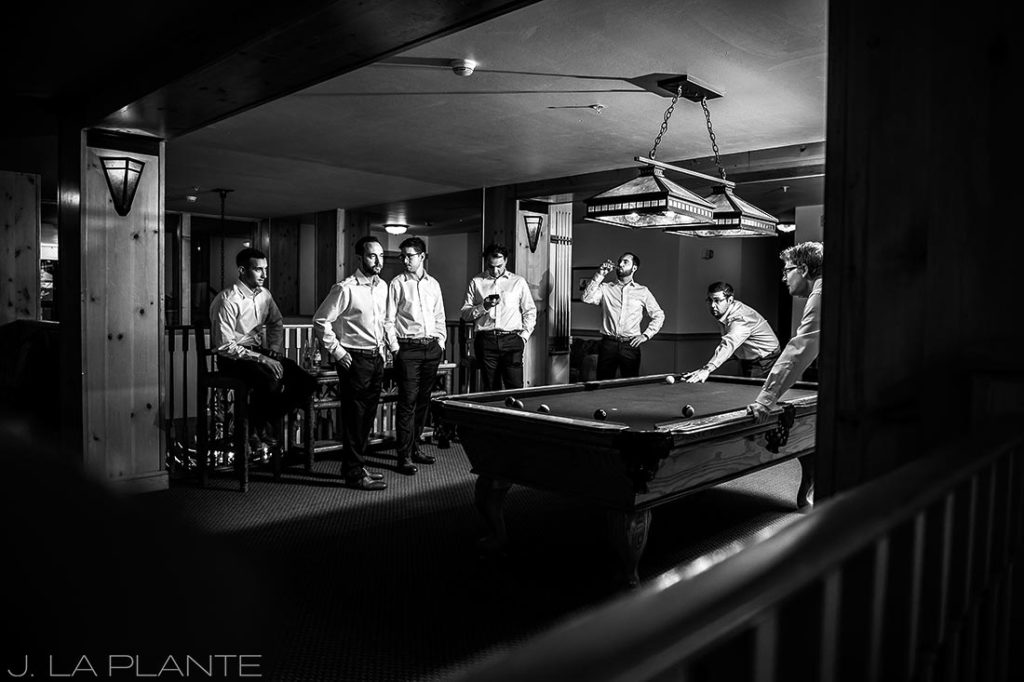Fall Copper Mountain Wedding | Groomsmen playing pool | Colorado Destination Wedding Photographer | J La Plante Photo