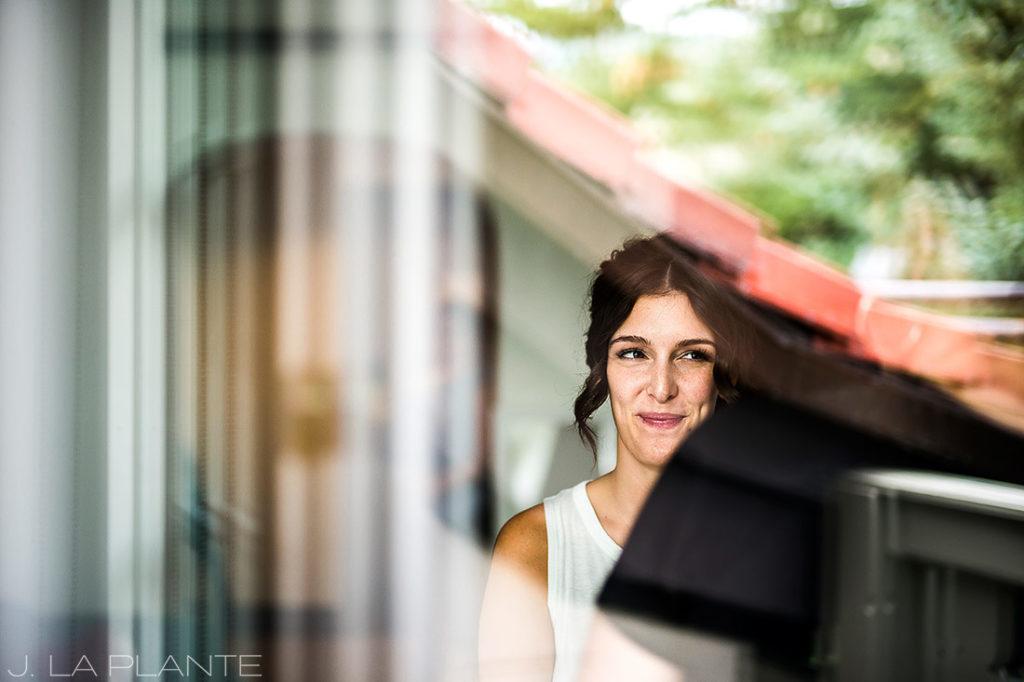 Fall Vail Wedding | Bride getting ready | Vail Wedding Photographer | J La Plante Photo