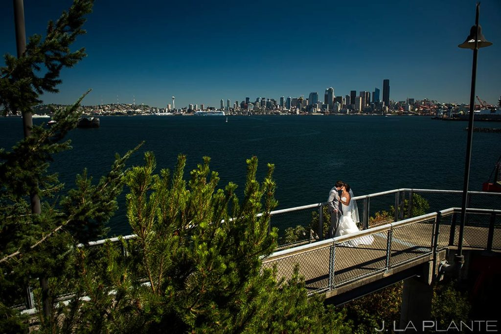 Bride and Groom Seattle Skyline | Downtown Seattle Wedding | Seattle Destination Wedding Photographers | J. La Plante Photo