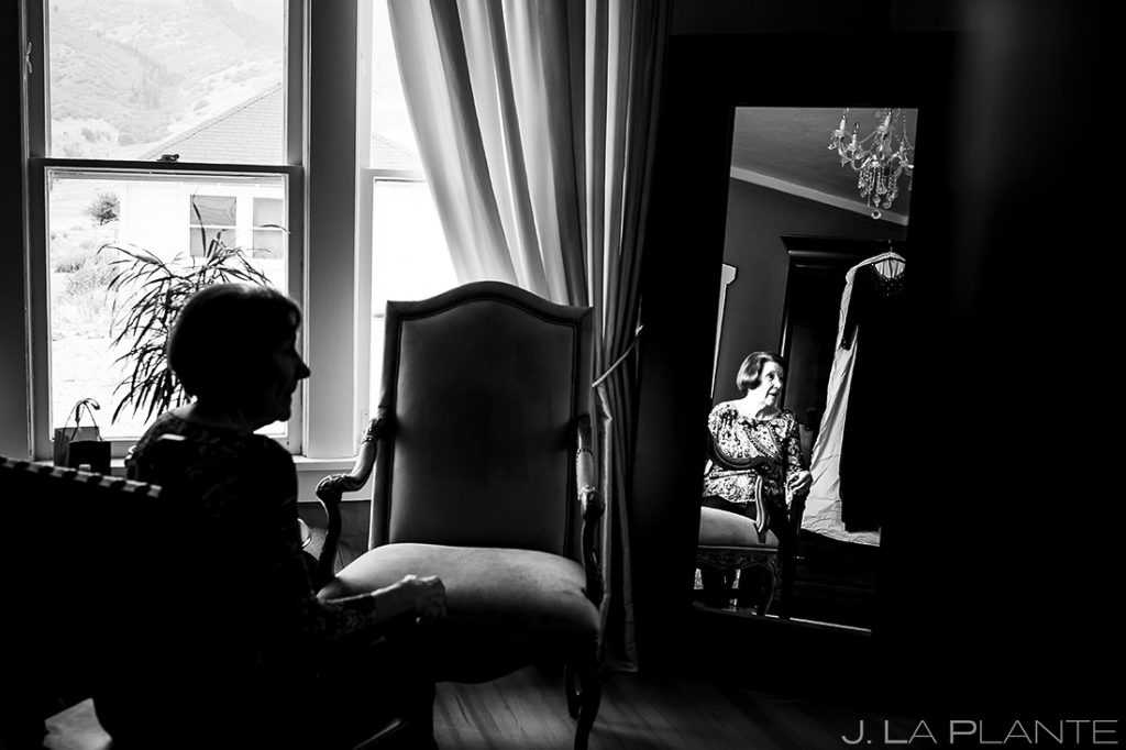 Bride Getting Ready | Manor House Wedding | Denver Wedding Photographer | J. La Plante Photo