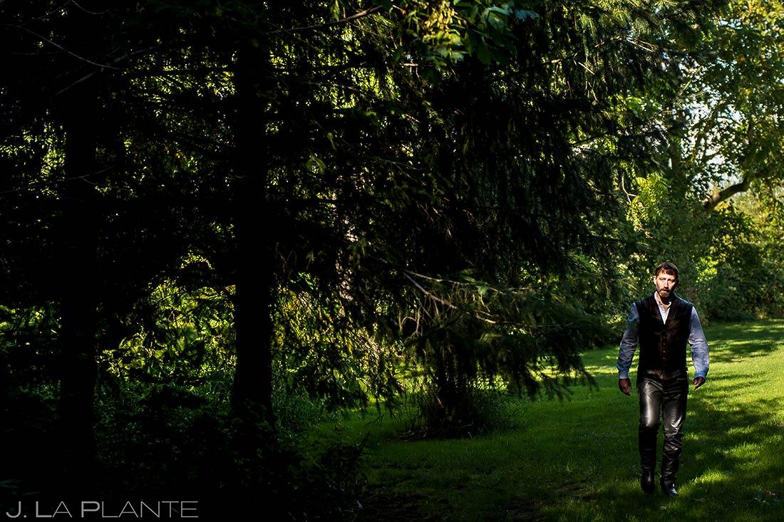 Bride and Groom First Look | Barnstar Wedding | Pacific Northwest Wedding | Destination Wedding Photographer | J. La Plante Photo