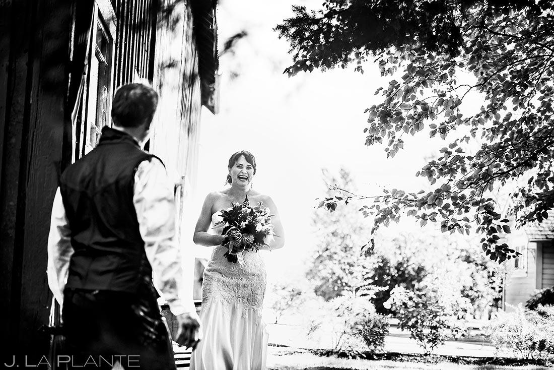 Bride and Groom First Look | Barnstar Wedding | Bellingham Washington Wedding | Destination Wedding Photographer | J. La Plante Photo