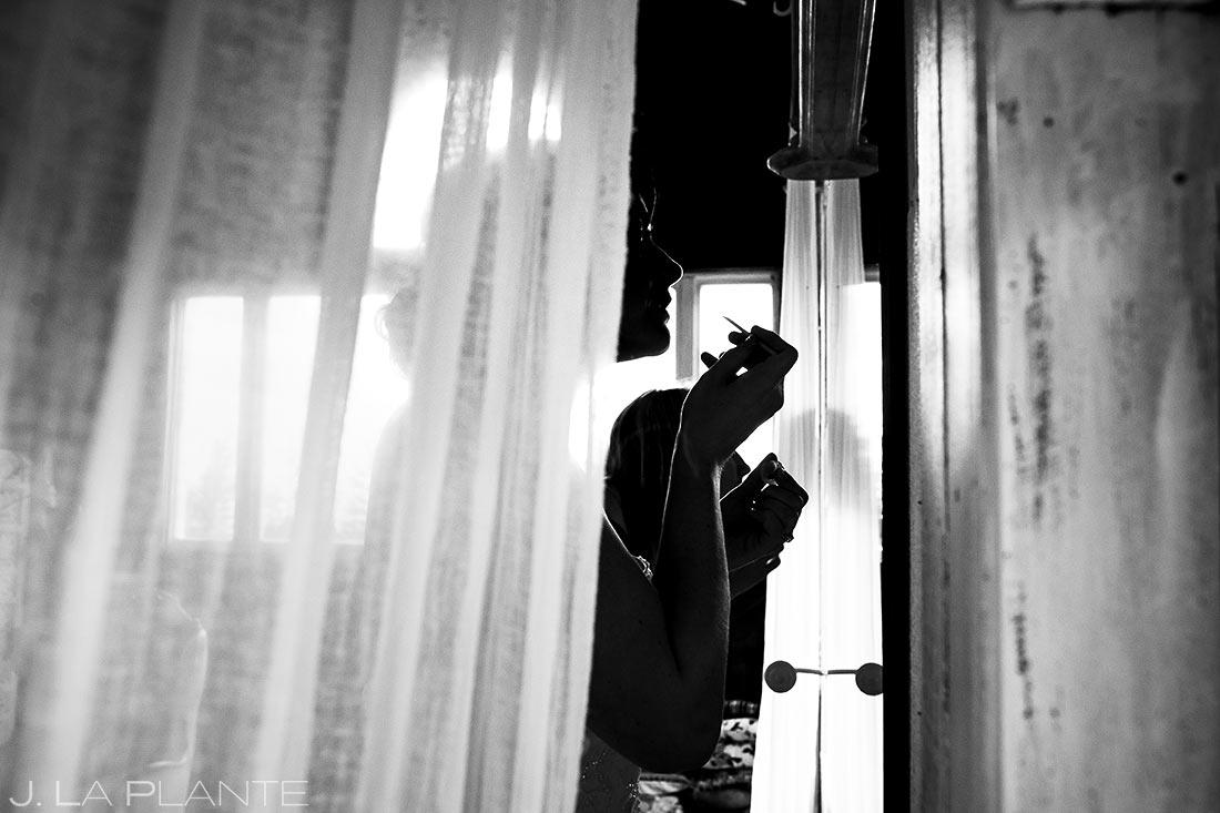 Bride Getting Ready | Barnstar Wedding | Bellingham Washington Wedding | Destination Wedding Photographer | J. La Plante Photo