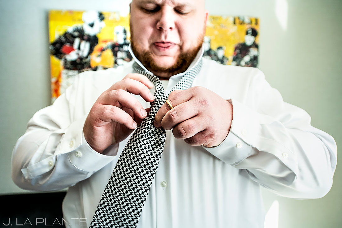 Groomsman Tying Tie | Washington DC Wedding | Destination Wedding Photographer | J. La Plante Photo