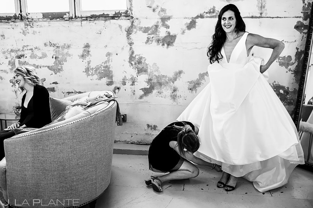 Bride Getting Ready | St Vrain Wedding | Boulder Wedding Photographer | J. La Plante Photo