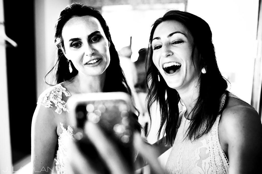 Bride Skyping with Friends | St Lucia Wedding | Destination Wedding Photographer | J. La Plante Photo