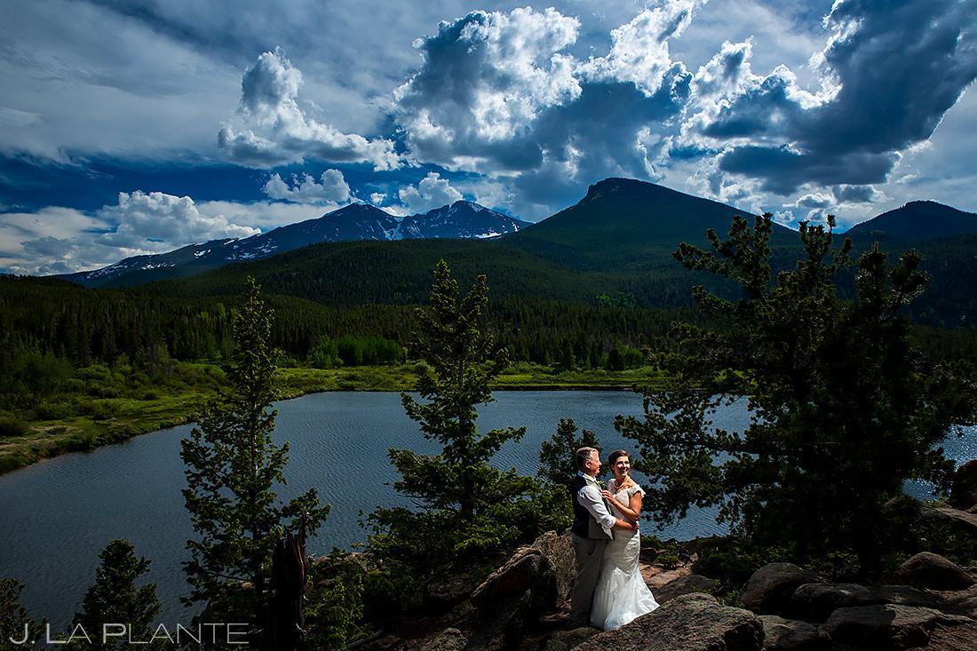 Bride and Groom at the Lake | Rocky Mountain National Park Wedding | Estes Park Wedding Photographer | J. La Plante Photo