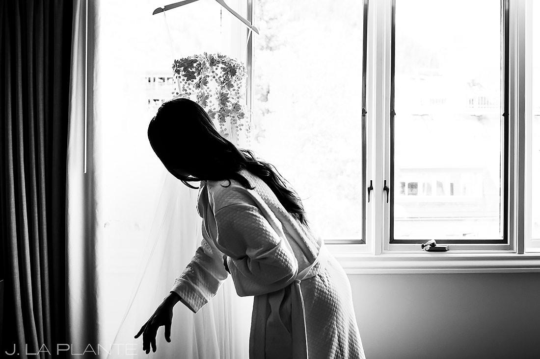 Bride Getting Ready | Pine Creek Cookhouse Wedding | Aspen Wedding Photographer | J. La Plante Photo