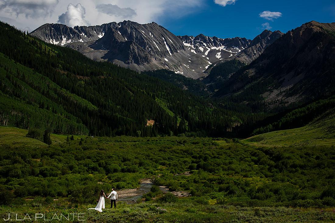 Bride and Groom Mountain Wedding Photo | Pine Creek Cookhouse Wedding | Aspen Wedding Photographer | J. La Plante Photo