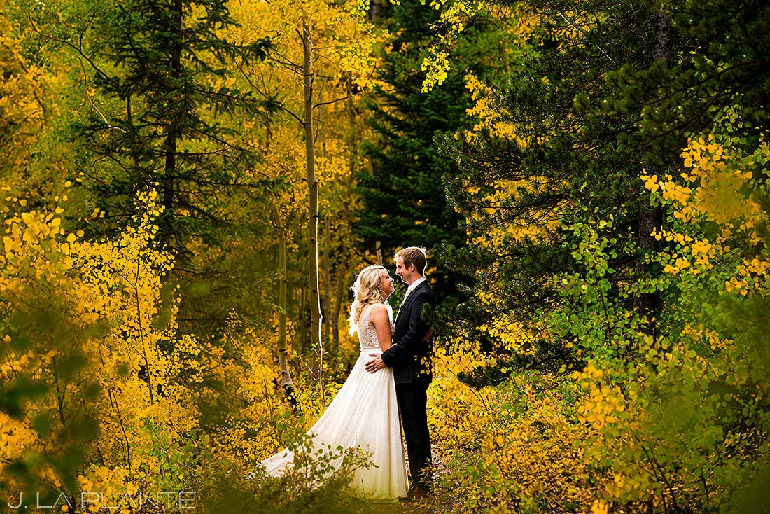 fall foliage wedding in summit county colorado