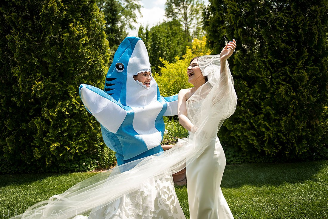 how to be comfortable in front of the camera   funny shark first look with bride and bride