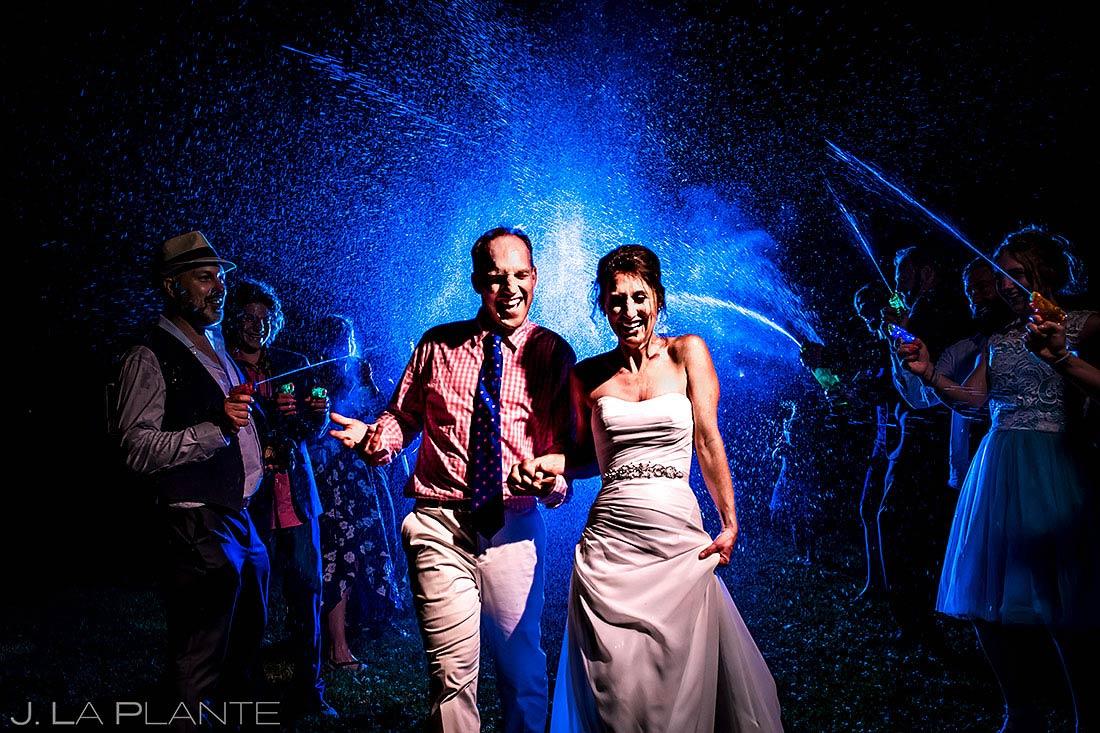 wedding pinterest board ideas | squirt gun send off for bride and groom
