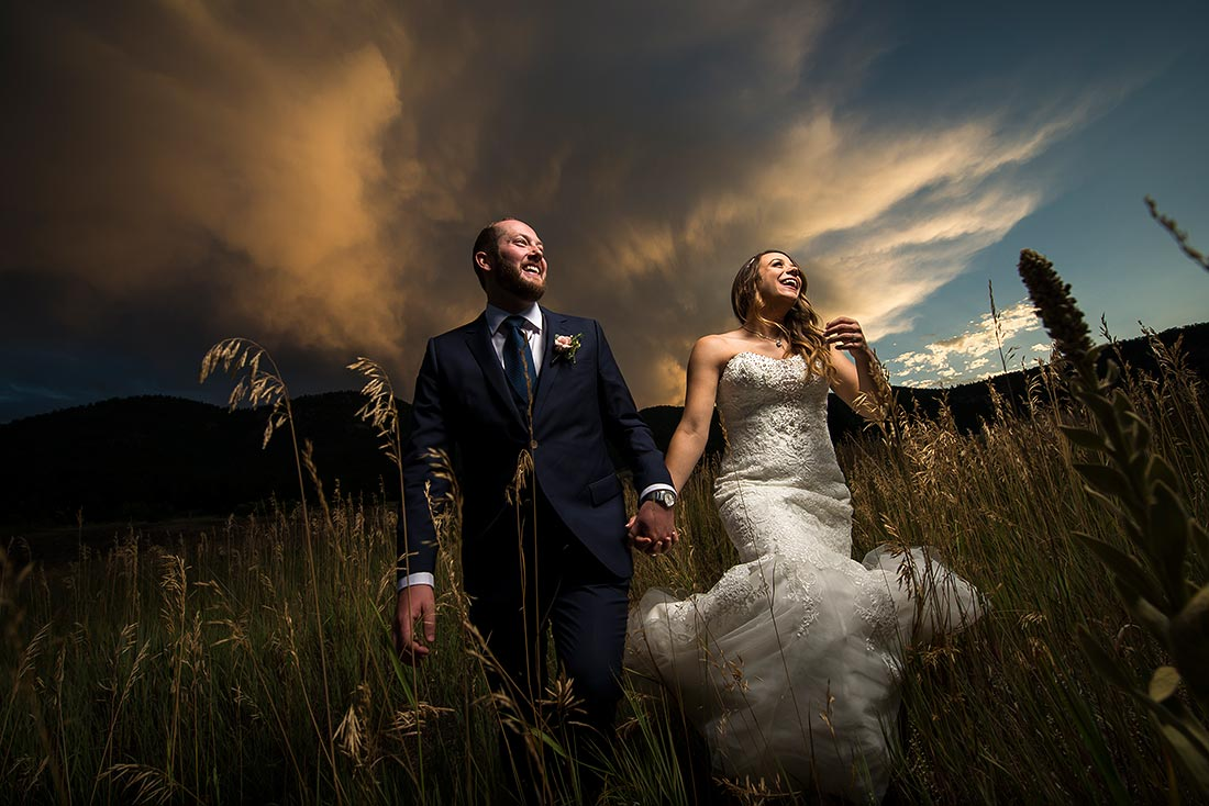 vibrant wedding photography at mon cheri wedding in lyons colorado