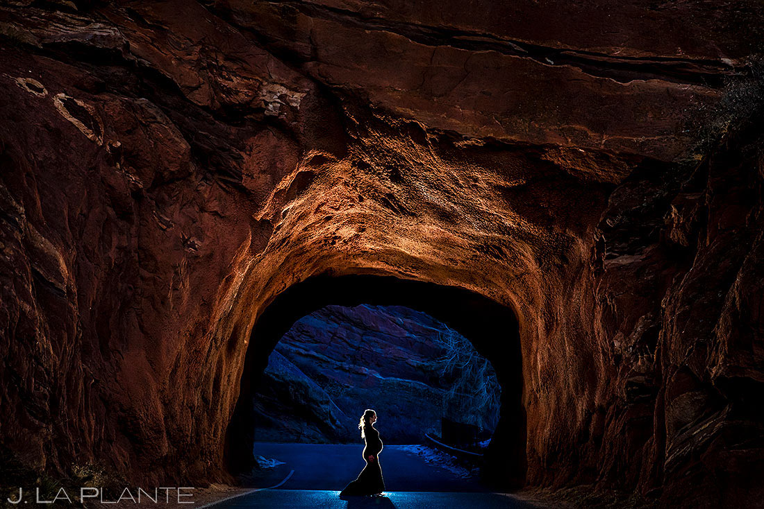 maternity photo session at red rocks in morrison colorado