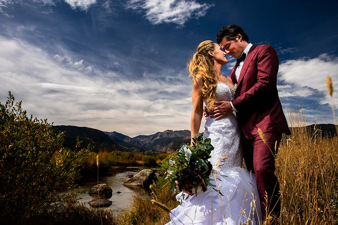 vibrant wedding photography at della terra wedding in estes park colorado
