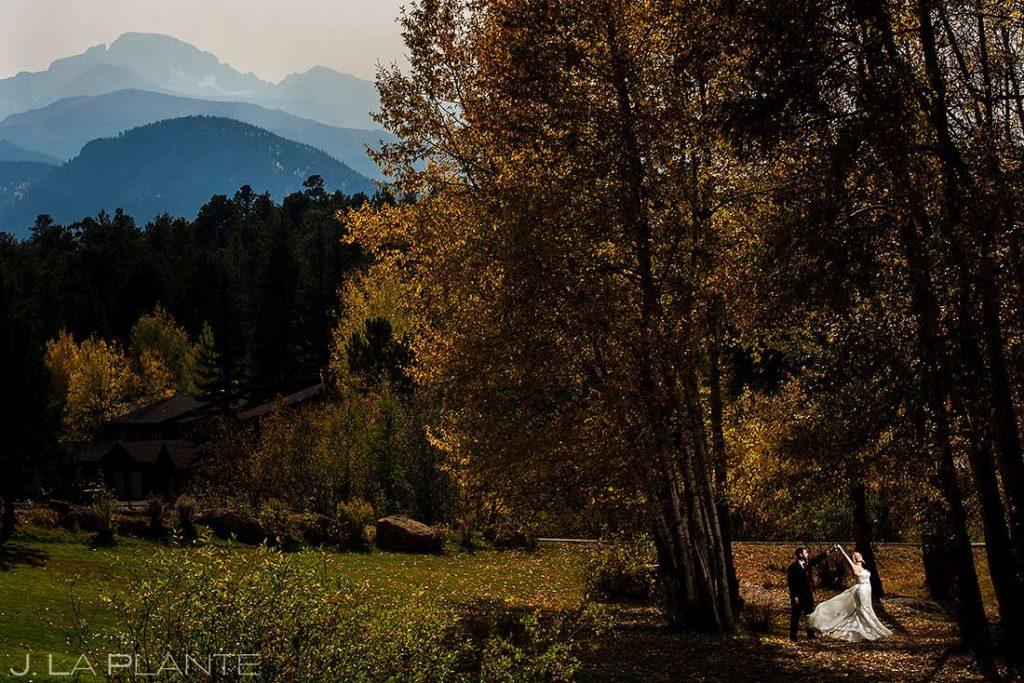 bride and groom in front of Longs Peak in Estes Park Colorado