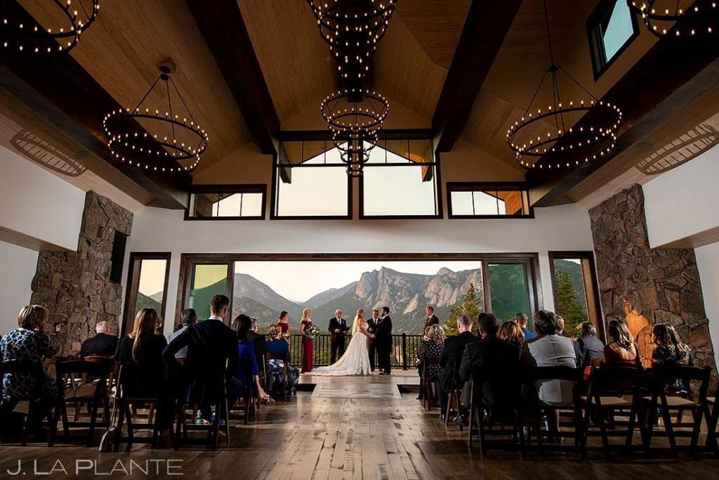Black Canyon Inn wedding ceremony in the fall
