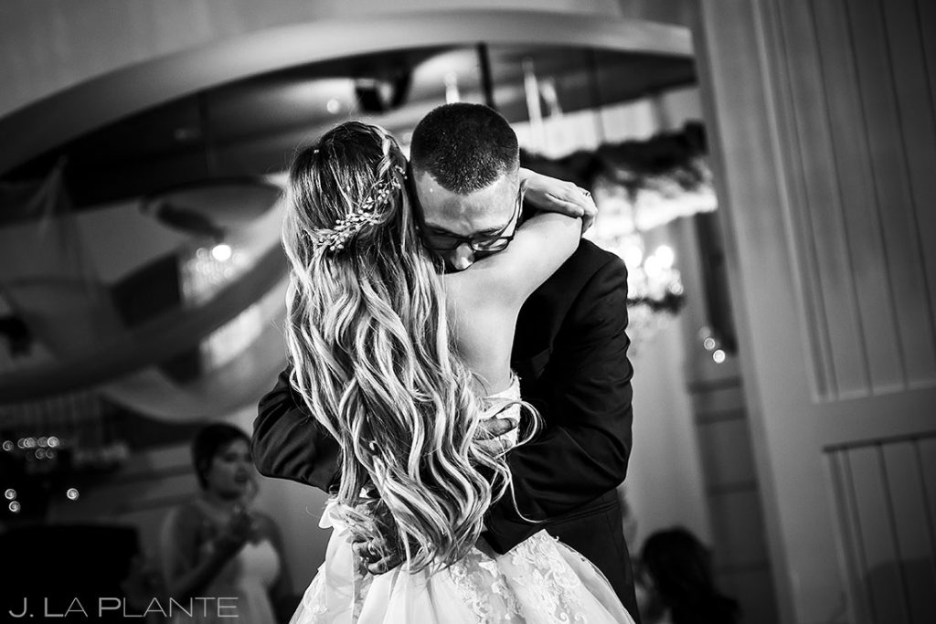 bride and groom first dance at Bella Sera wedding