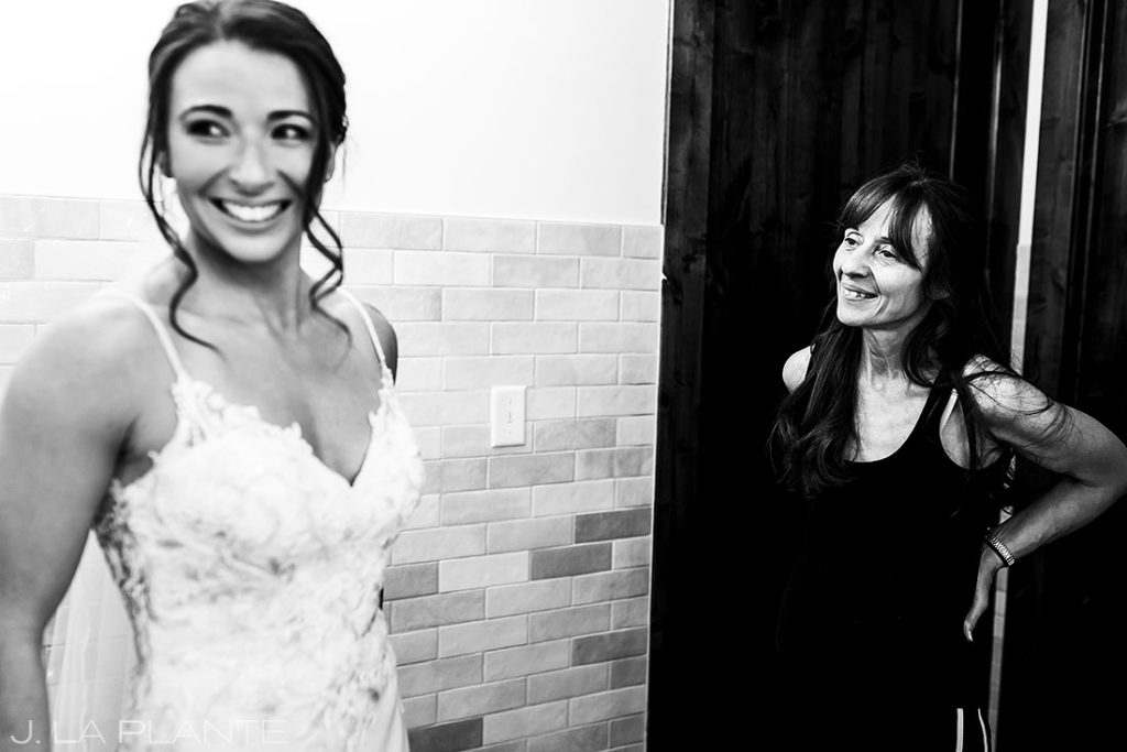 mother of the bride helping her get ready