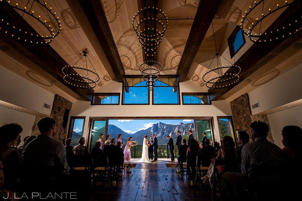 spring wedding at Black Canyon Inn ceremony