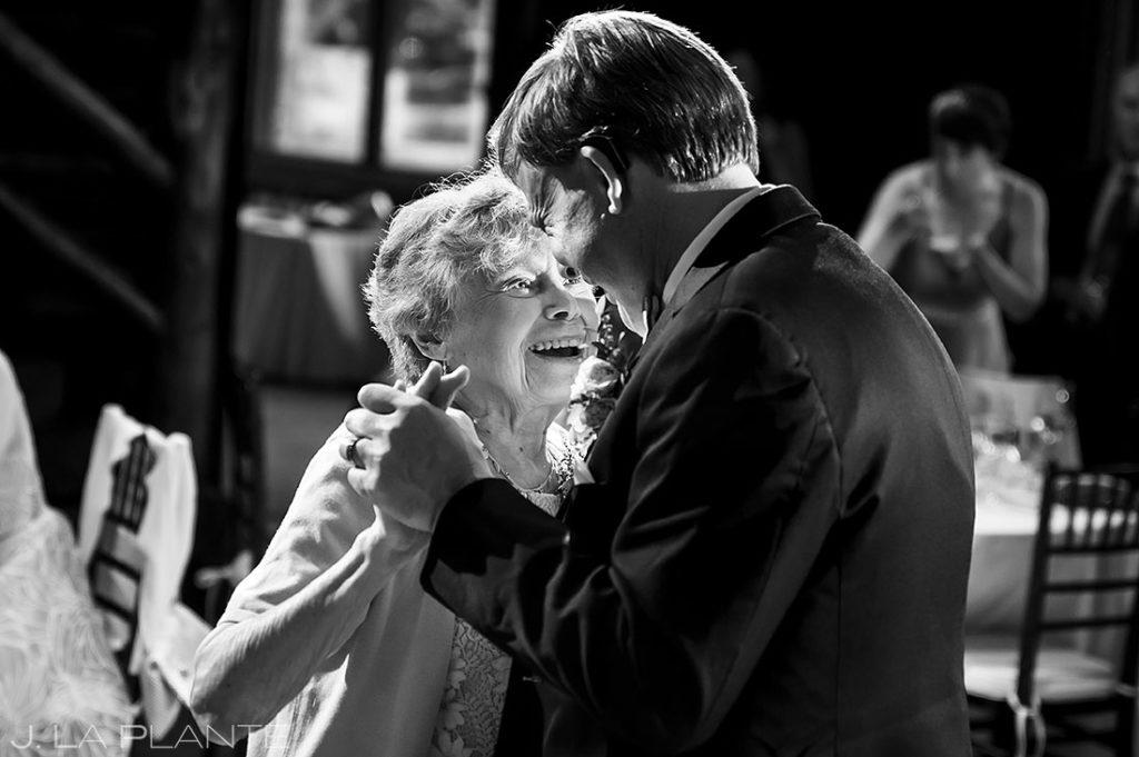 mother son dance at black canyon homestead wedding